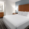 Hyatt House Scottsdale / Old Town Rooms